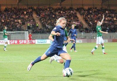 Eugénie Le Sommer a marqué son 21e et 22e but en Bleue