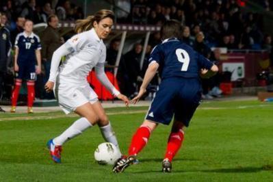 Louisa Necib a encore été élue femme du match (Photos Eric Baledent/LMP)
