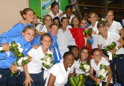 Les Tricolores lors de leur arrivée en Azerbaidjan (photo CD)