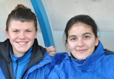 Laura Bouillot accompagné de sa capitaine Sarah Chalabi, à droite (photo club)