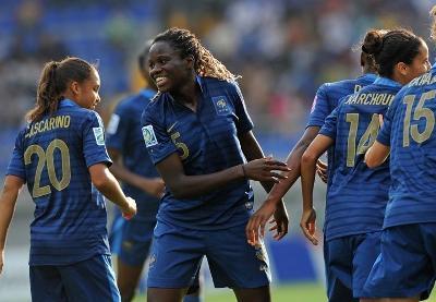 A l'image de Mbock Bathy Nka, la France s'est montrée solide sur tous les plans (photo fifa.com)