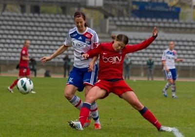Annike Krahn et la défense parisienne auront cédé sur penalty (photo W Morice)