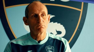 Thierry Uvenard compte 216 matchs en pro au HAC et 75 rencontres féminines comme entraîneur