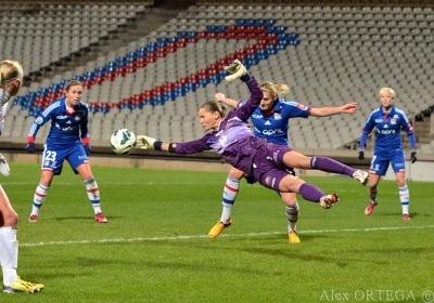 La gardienne de Juvisy s'envole mais c'est bien Lyon qui file vers le titre (photo Alex Ortega)