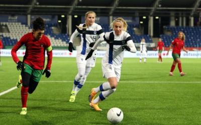La Finlande arrache son billet sur le fil