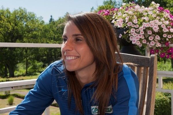 Jessica Houara avait le sourire ce dimanche matin à la villa Fridhem (Photos : Eric Baledent)