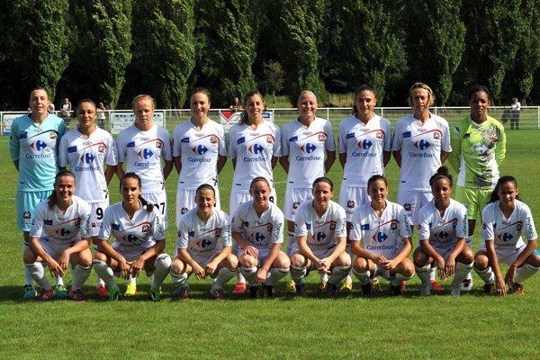 L'équipe juvisienne lors de sa préparation (photo : FCF Juvisy/Bata Gluvacevic)