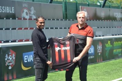Fabrice Abriel avec son Président Pascal Bovis (photo FC Fleury)