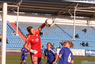La gardienne finlandaise en action face au Kazakhstan samedi dernier (photo SKZ)