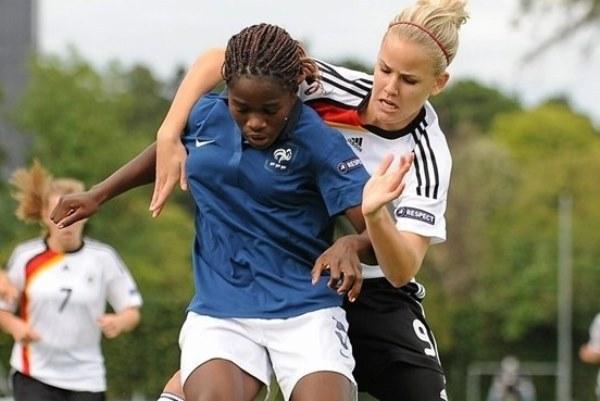 Avec les U17 puis les U19, Griedge a déjà décroché des trophées (photo UEFA)