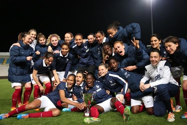 Happy end pour la France (photo Sébastien Duret)