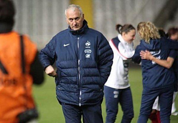 Philippe Bergerôo a privilégié un 4-4-2 muable en 4-1-4-1 (photo Sébastien Duret)