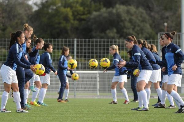 U19 - Les Bleuettes débutent par la ROUMANIE