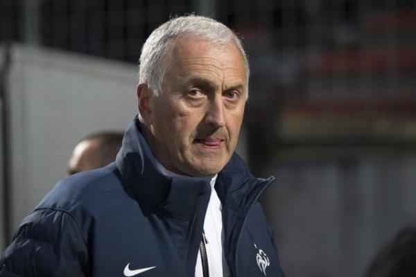 Philippe Bergerôo est toujours invaincu avec les Bleues (Photo : Eric Baledent).