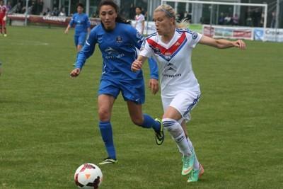 Lara Dickenmann et Gwendoline Djebbar
