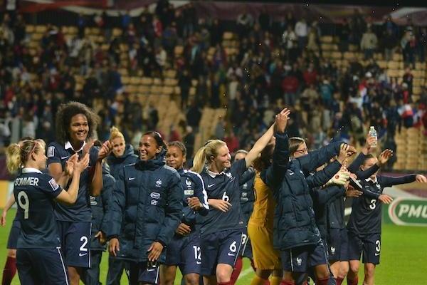Après la victoire à Besançon, les Bleues traversent l'Atlantique (photo RB)