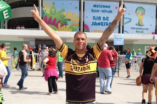 Faîtes comme ce supporter de l'EUGA Ardziv (Bouches du Rhône), portez haut les couleurs de votre club !