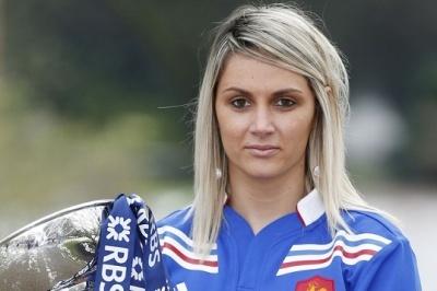 Marie-Alice Yahé, consultante pour France TV, espère que le rugby féminin pourra aussi se développer