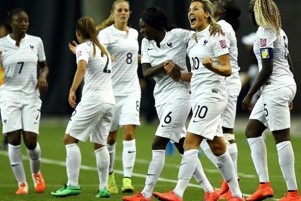La joie de Claire Lavogez après sa magnifique réalisation à la 38e minute de jeu (photo FIFA)