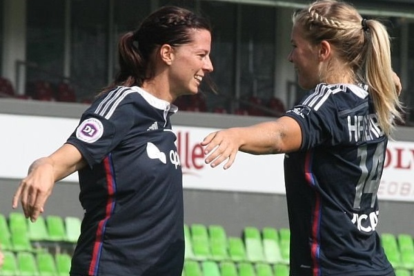 Lotta Schelin et Ada Hegerberg, duo d'attaque gagnant (photo vrouwenteam.be)
