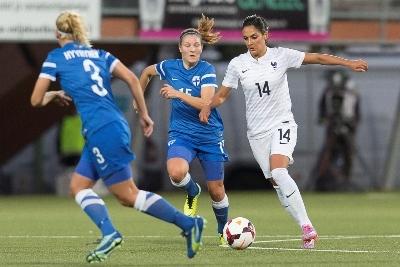 La technique de Louisa Necib a déstabilisé les Finlandaises (photo E Baledent/LMP)