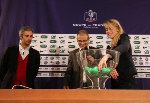 Coupe de France - Tirage des 32èmes de finale : PSG - ARRAS, ST MAUR - LYON, NIMES - MONTPELLIER à l'affiche