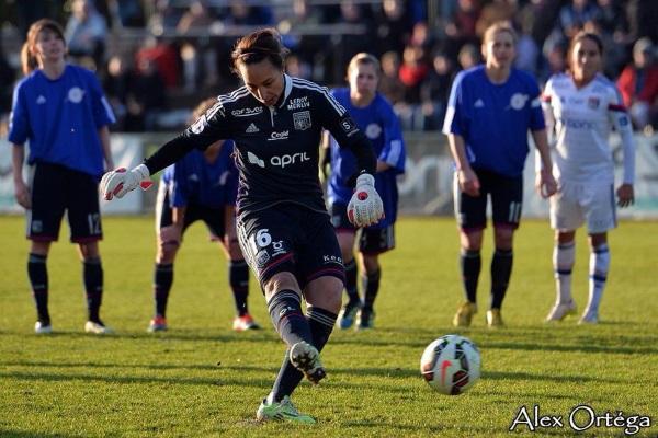 Sarah Bouhaddi a inscrit le treizième but sur penalty