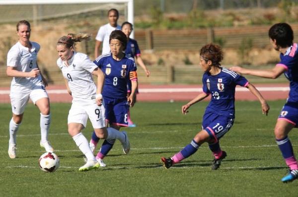 Eugénie Le Sommer et l'équipe de France peuvent remporter leur première Algarve Cup (Photo FFF)