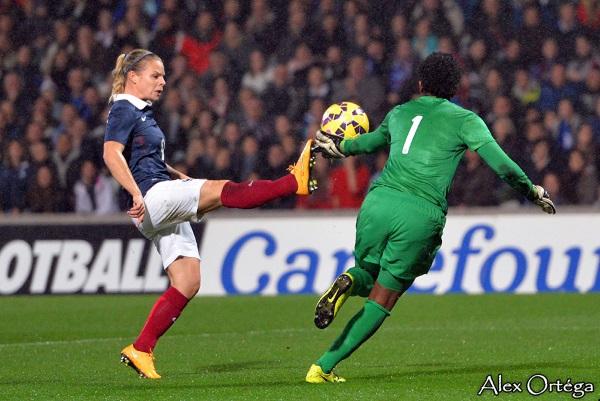 Eugénie Le Sommer et les Bleues évolueront dans un stade plein
