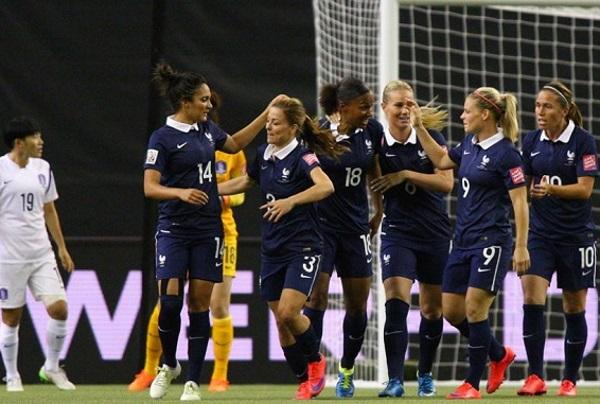 Les Bleues retrouvées (photo FIFA.com)