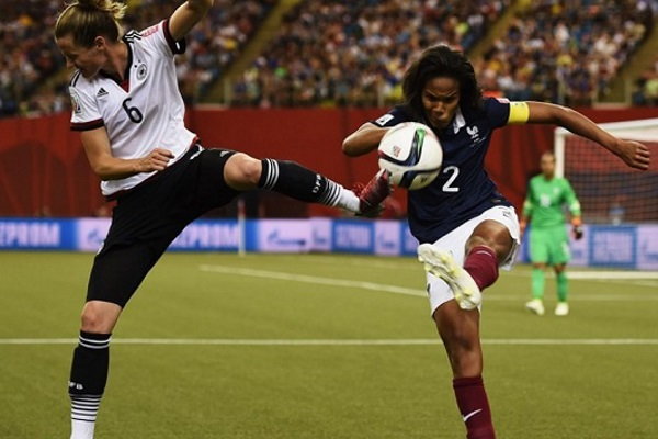 Wendie Renard et les Bleues chutent en quart de finale (photo FIFA.com)
