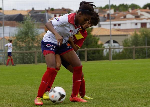 Fatoumata Baldé retrouve l'ESOF La Roche (photo Sébastien Duret)