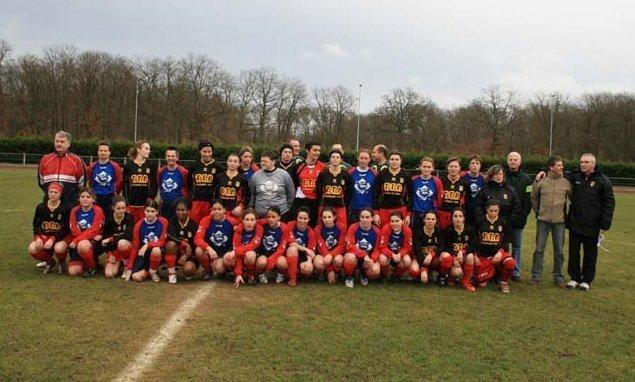 Les équipes de La Rochette et Blois avant la rencontre