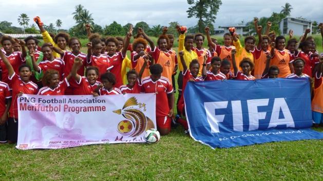 FIFA - Le football féminin progresse encore dans le Monde en 2015