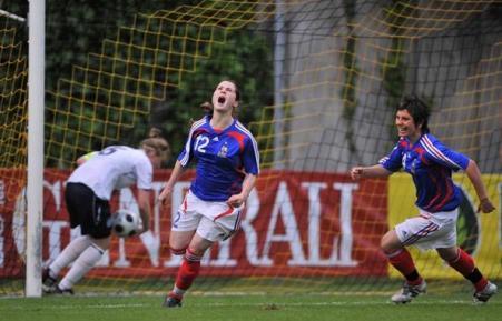 Augis libère les Françaises (photo : UEFA)