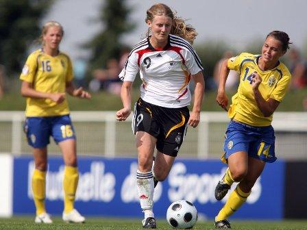 Marie Pollman inscrit son 3e but (photo : DFB)