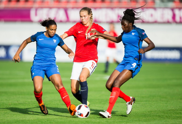 Les Françaises Cascarino et Cissoko (photo UEFA.com)