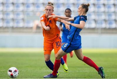 Roord face à Couturier (photo UEFA.com)