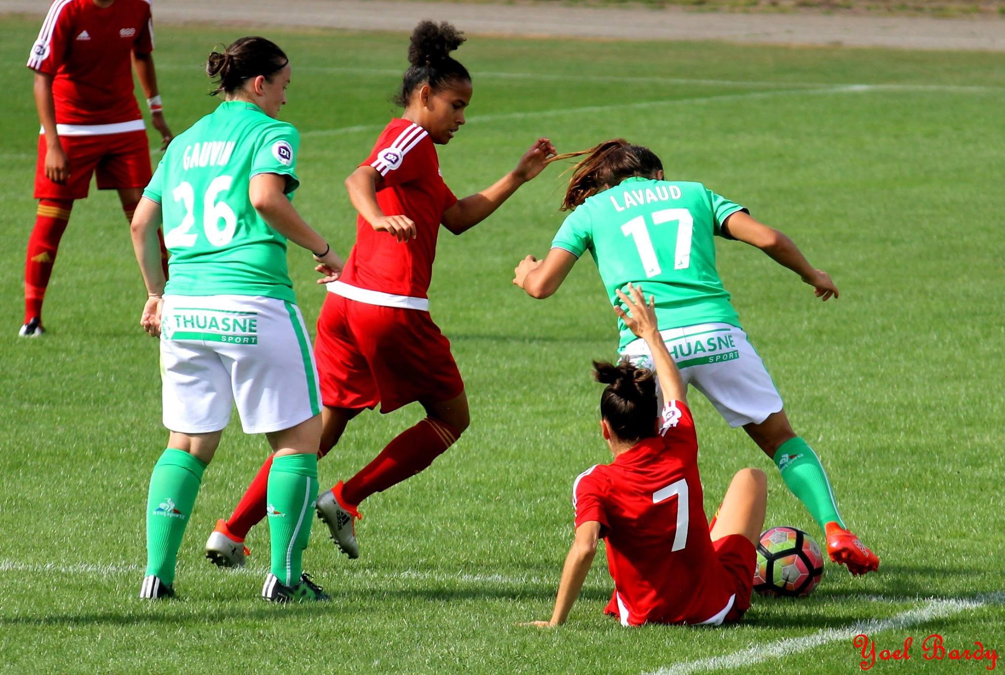 Un match accroché pour débuter (photo Yoël bardy)