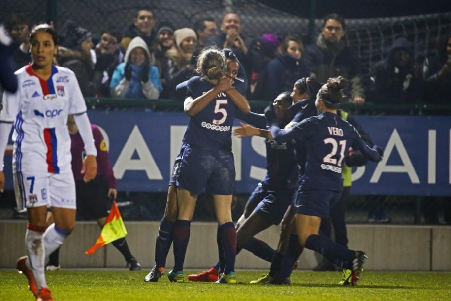 Delie vient marquer le but de la victoire (photo TeamPics/PSG.fr)