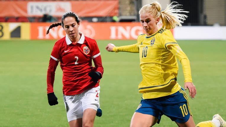 Jakobsson à droite et la Suède s'incline devant la Norvège (photo SVF)