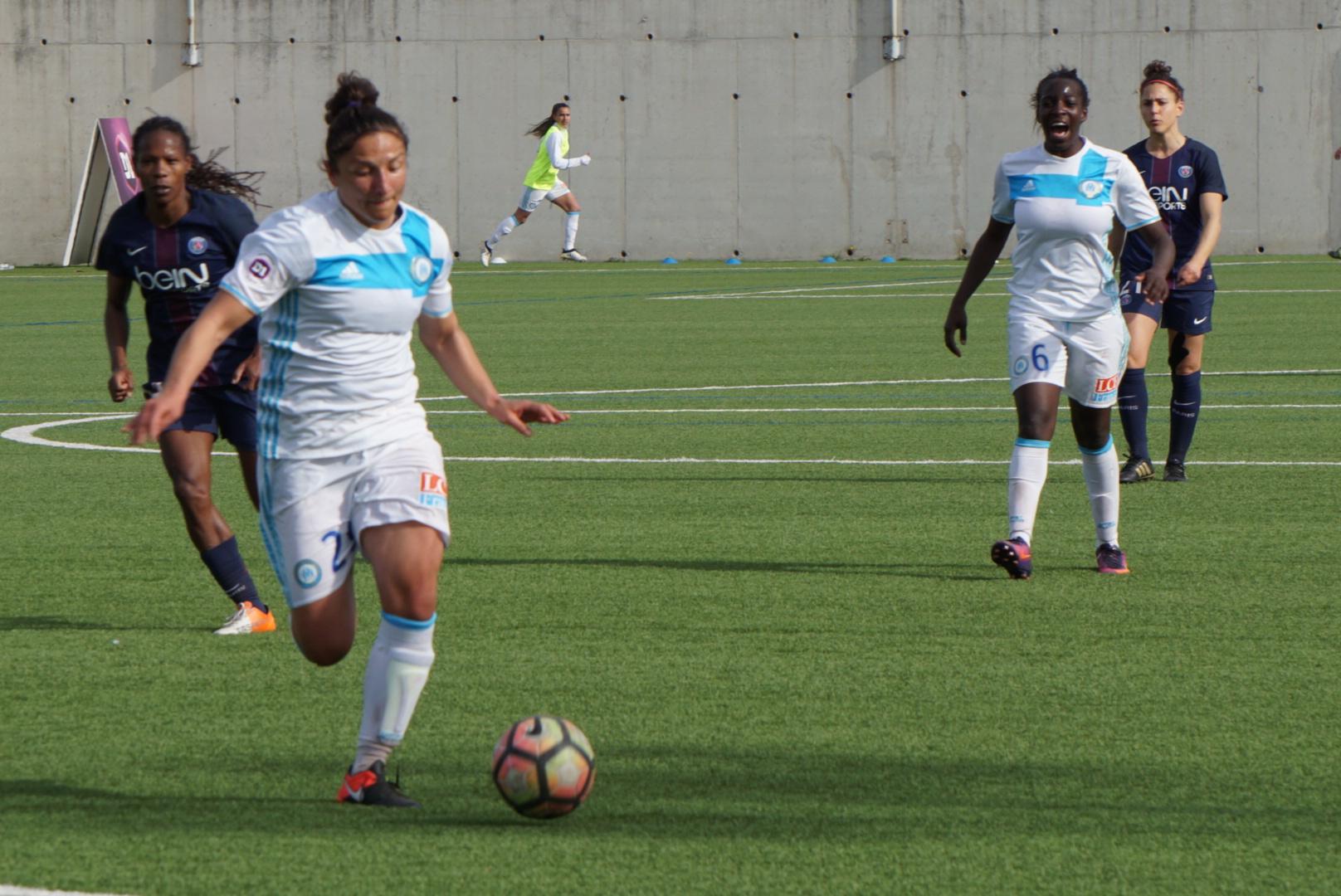 Yüceil a ouvert le score (photo footofeminin.fr)