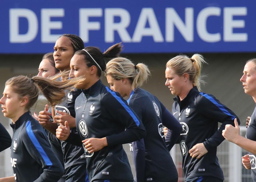 Les Bleues en route pour l'Euro (photo A.Mesa/FFF)