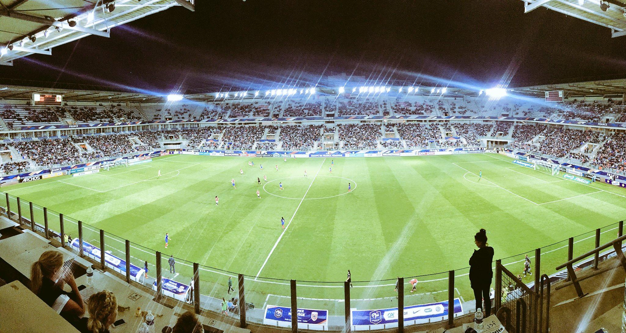 Le Stade Louis Dugauguez recevait pour la première fois les Bleues (photo FFF)