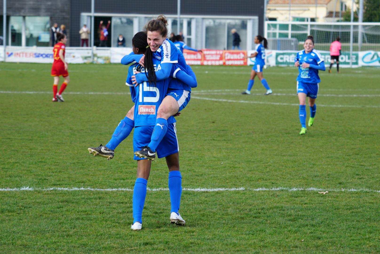 Babinga et Bourgouin se congratulent (photo footofeminin)