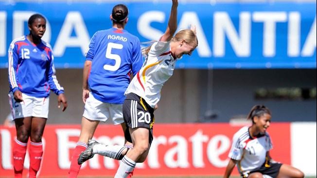 En 2008, la France termine 4e battue par l'Allemagne (photo FIFA)