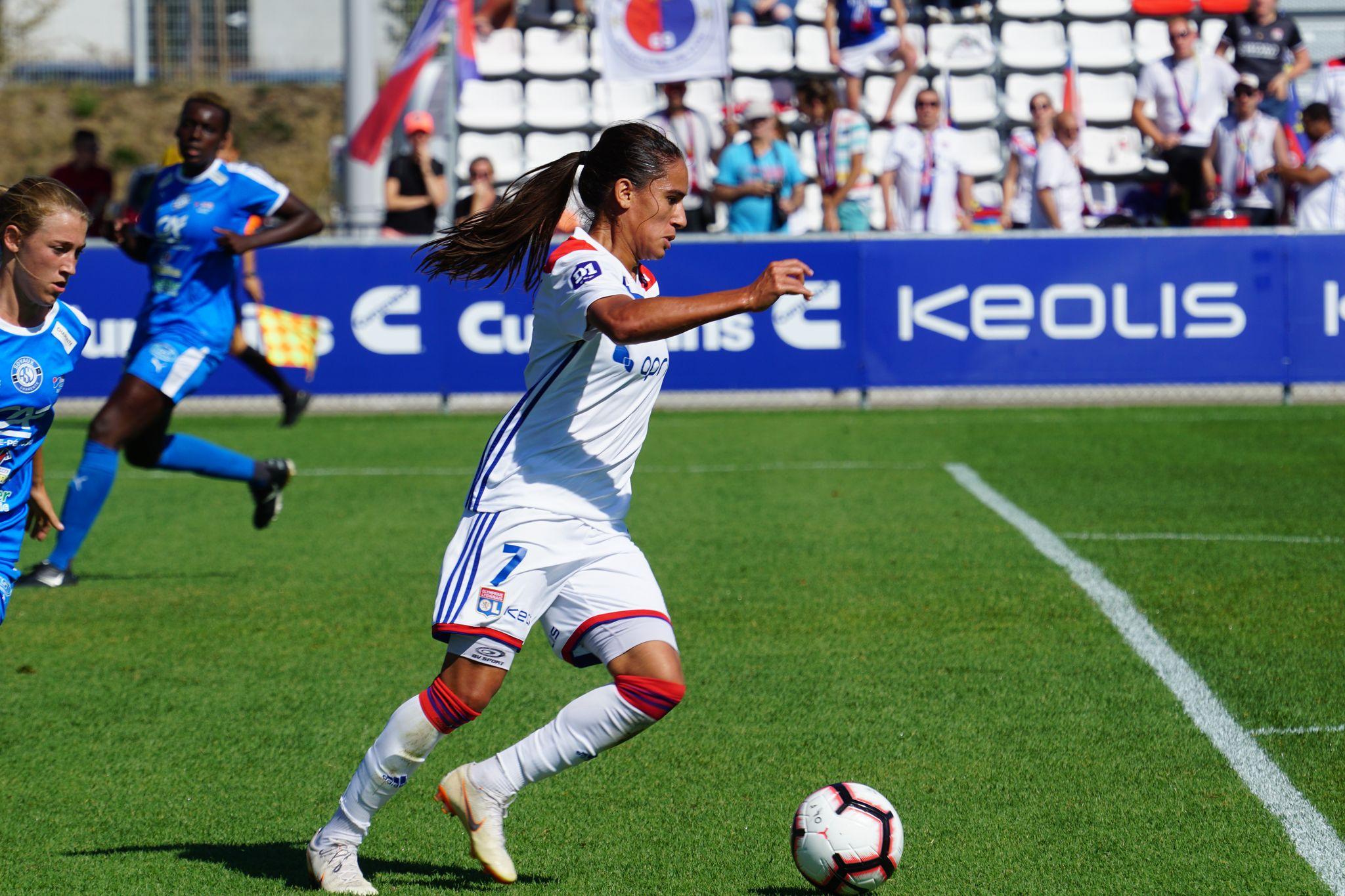 Majri est impliquée directement dans sept des buts de l'OL en deux journées (photo footofeminin.fr)