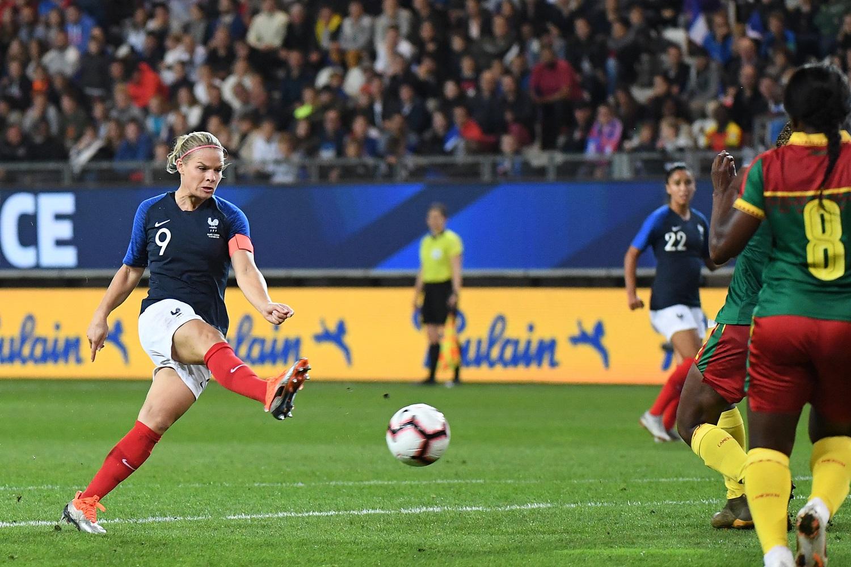 Le Sommer se rapproche du record de Pichon (81 buts)