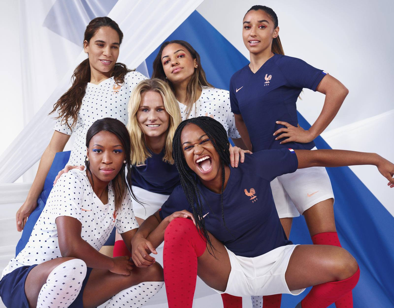 Bleues - La nouvelle tenue pour la Coupe du Monde dévoilée