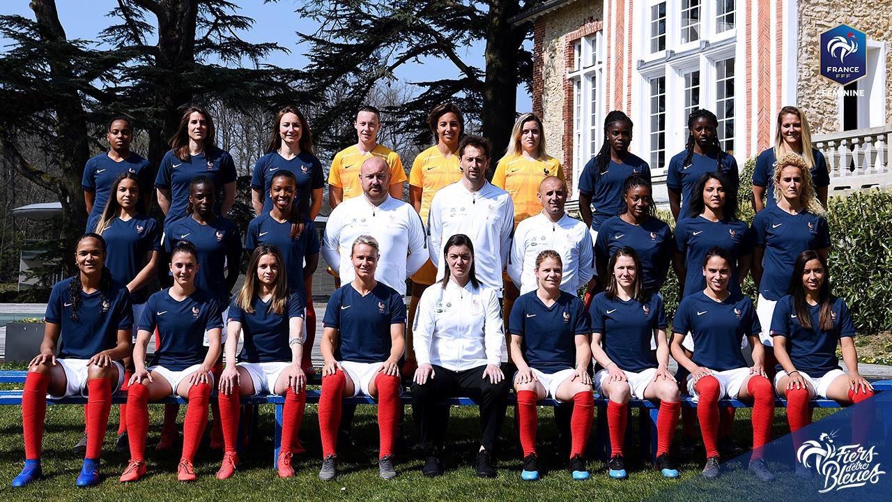 Bleues - Nouveaux maillots et photo officielle